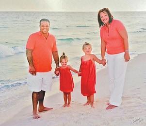 Gutzler Family BEach C.jpg