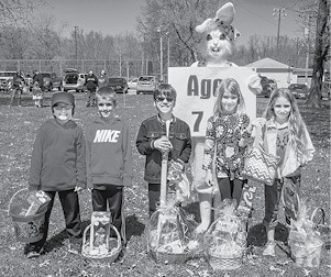 040815 Lions Easter Egg Hunt 7 8 BW.jpg