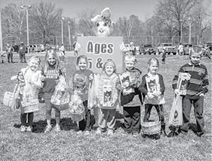040815 Lions Easter Egg Hunt 5 6 BW.jpg