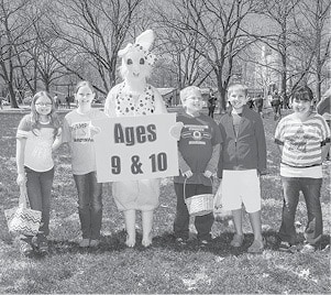 040815 Lions Easter Egg Hunt 9 10 BW.jpg