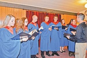 121615 Hoyleton Lions Choir C.jpg