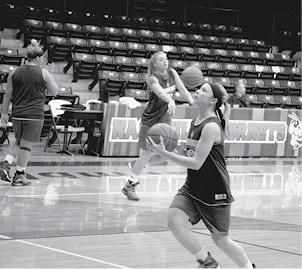 Girls Basketball 3 BW.jpg