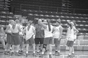 Girls Basketball 1 BW.jpg