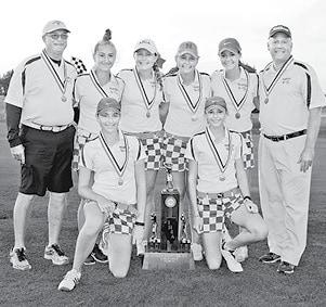 101916 Girls Golf 2nd BW.jpg