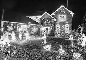 122315 Christmas Lights Wells BW.jpg