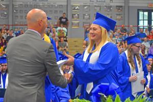 Graduate 32 W